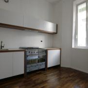 Cucina laccata bianco e rovere – via Vanvitelli – Milano