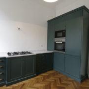 Cucina laccata verde – via  Farini – Milano